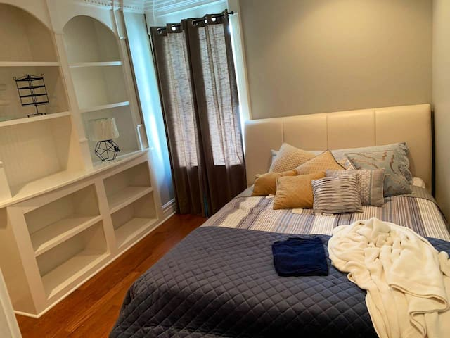 Can't Get better than a PRIVATE COZY ROOM!!!