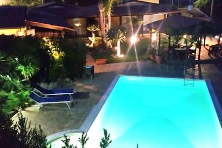 Giove Apartment | Oasi del Borgo - Borgo Bonsignore