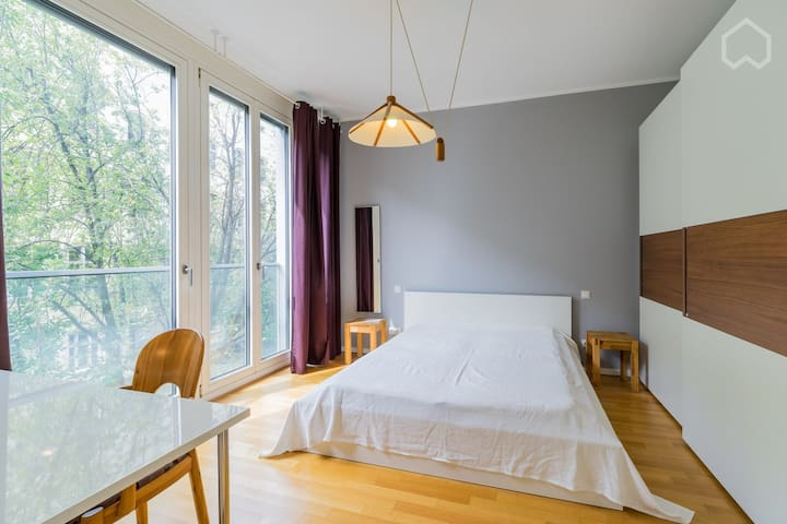 Beautiful Charming 2rooms flat at Center of Berlin