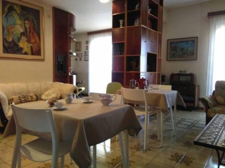 soggiorno - area colazione