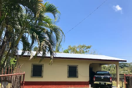 Casa Lidia - Tela - Haus