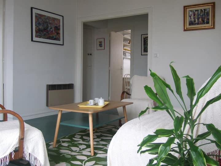 Appartement T3  lumineux. Stationnement privé