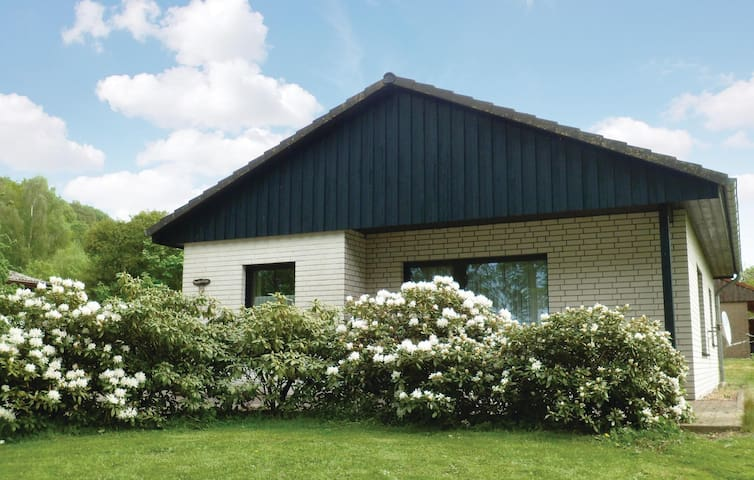 Holiday cottage with 2 bedrooms on 70m² in Marienmünster