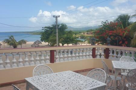 Beach Terrace @La Playita, La Boca Trinidad