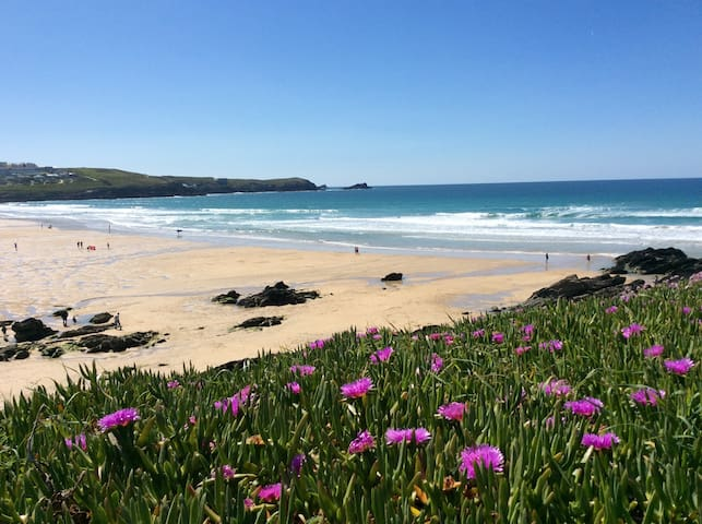 Fabulous Newquay, Fistral Beach Flat for Easter😎
