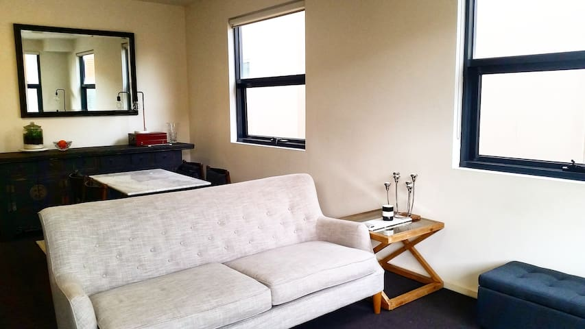 Designer living in the inner city - North Melbourne - Wohnung