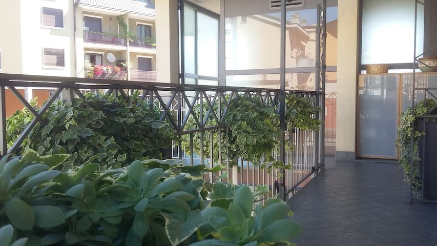 "Bilocale ""balconi fioriti"" - Sondrio - Apto. en complejo residencial"