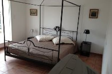 Country side, big bedroom with lounge/terrace - Inzinzac-Lochrist - Dom