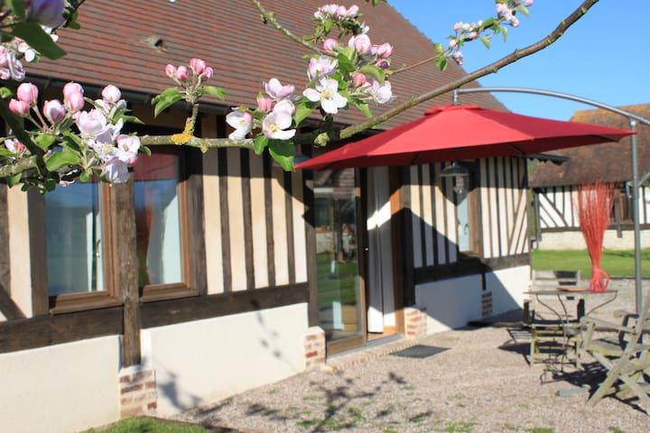 Maison de la Prairie - Corbon - Haus