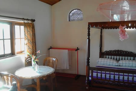 Birdsong Residence - Kandy - Bed & Breakfast