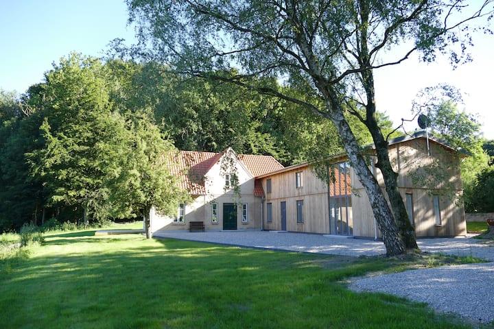 Waldhaus Kate - idyllische Alleinlage - Schleinähe