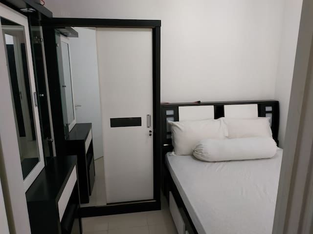 Weekly & Monthly Family Apartment Bassura City