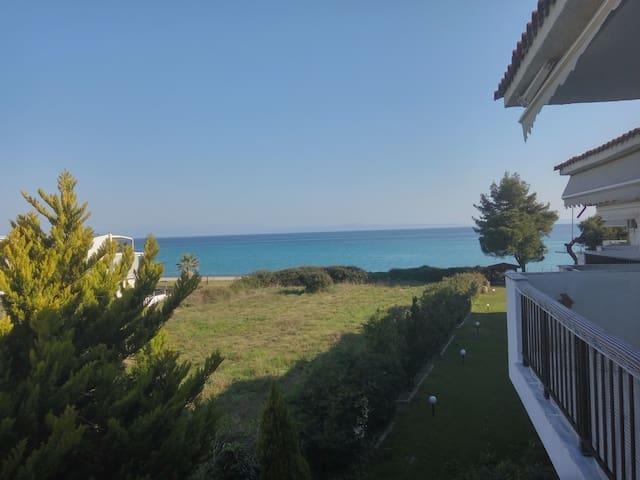 Chanioti seaview apartment