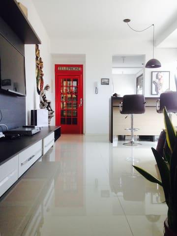 Excelente Apartamento, novo, ótima localização