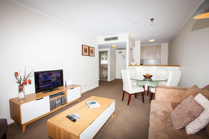 One Bedroom Unit in Dockside  - Kangaroo Point - Appartement