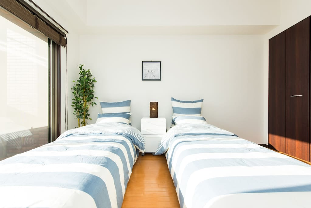 Main bedroom④