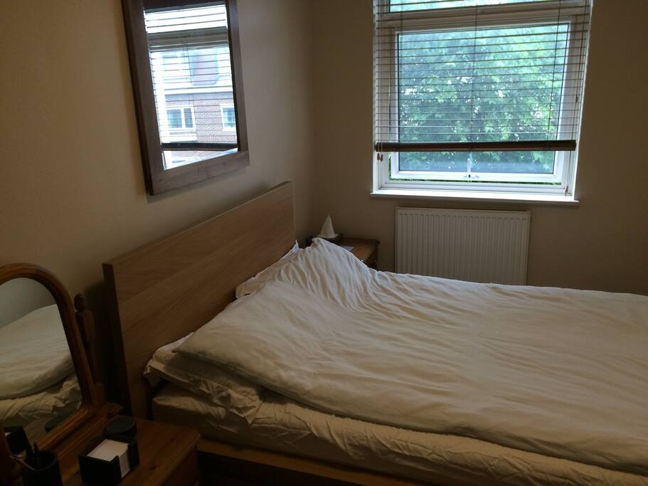 Brand new double bed and mattress (extremely comfortable), two bedside tables (3 drawers on each) loads of drawer space for all of your personal belongings & a brand new large mirror.