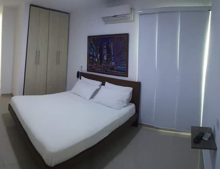 HOTEL SUITES CARIBE-HABITACIÓN SENCILLA CAMA DOBLE