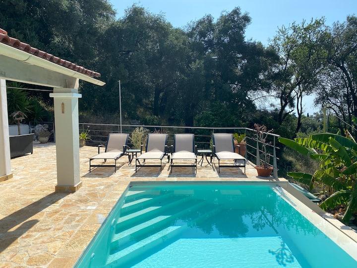 'Tree Tops' - Prestige Villas of Corfu