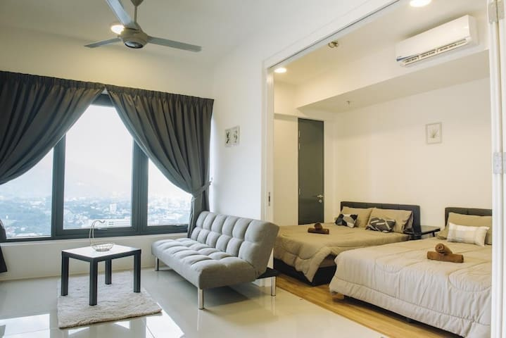 The top high floor George Town condo