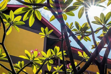 Lanna Style 3km to old city - Mueang Chiang Mai - Bed & Breakfast - 1