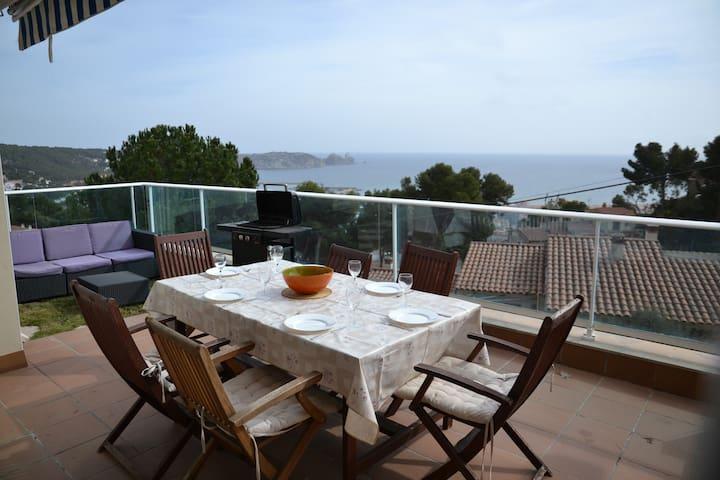 Estartit: Private pool, Sea view and Sunny beaches - L'Estartit - Casa
