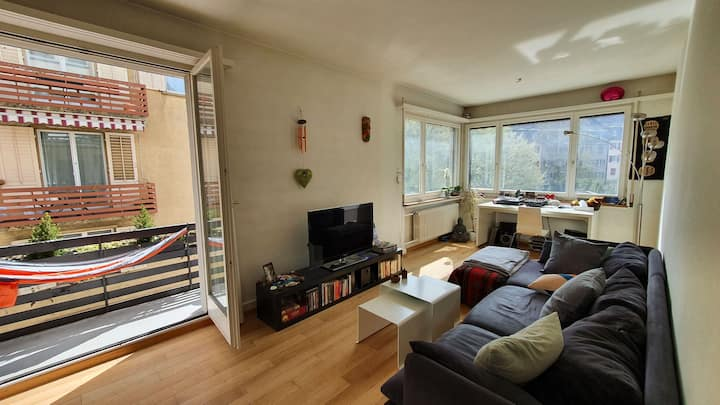 Beautifu, Calm, Cozy,  Sunny Appartement in Zurich