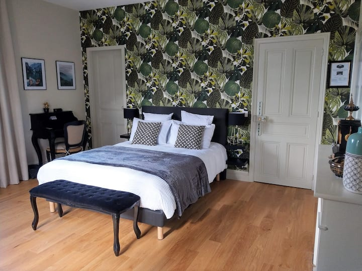 Double room-Comfort-Ensuite with Shower-Mountain View