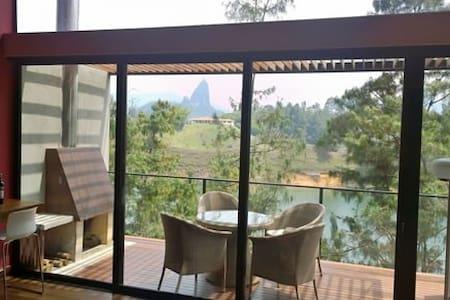 Modern Cabin in Guatape - El Peñol  - LUXE Resort - Guatapé - Kisház