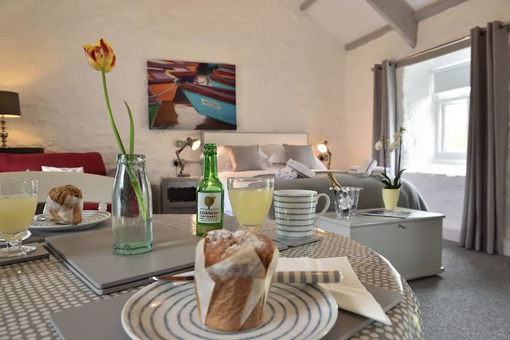 Chypons Farm BnB  AA 4* Gold Award near St Ives