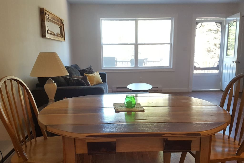 Dining table seats 6.