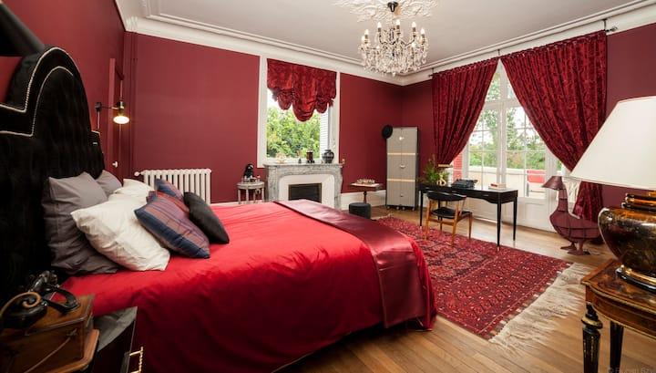 "Villa Alecya- Chambre  ""Oscar Wilde"""