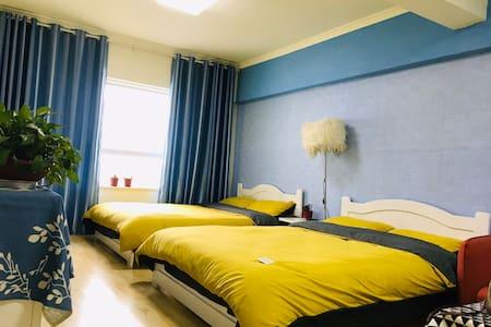 【小城小栈】 市中心西门 大十字 莫家街 水井巷 悦玺公寓自助双床房;