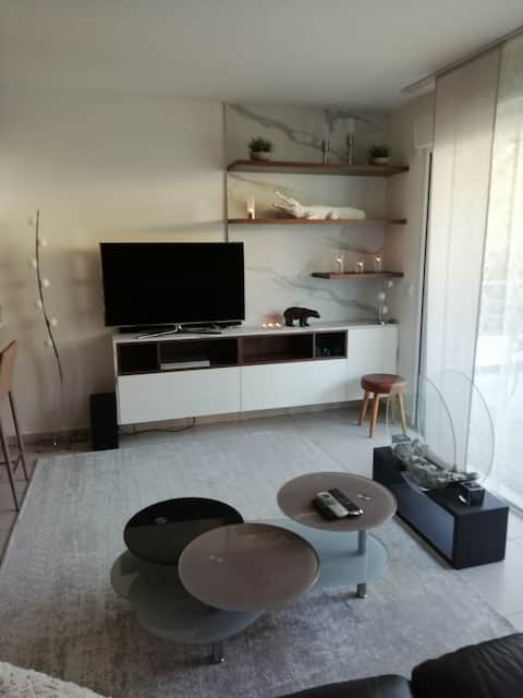 Grand Studio 45 m2 avec terrasse