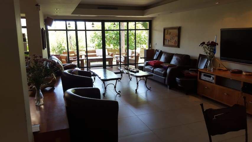 Fully equipped privet vila (6 rooms) - Bet Shemesh - Huis