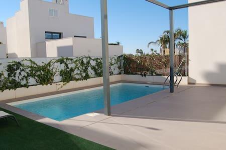 Pool-Design Villa See + Meerblick - Rojales