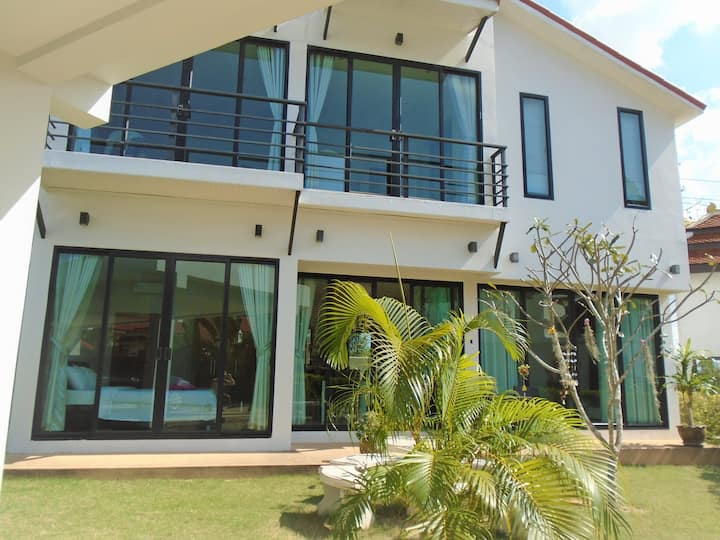Luxury 3 bedroom Villa.