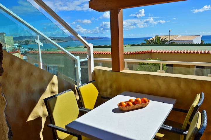 Apartment PLAYA 2  Pool - 50 m to the beach - WiFi - Costa Calma - Pis