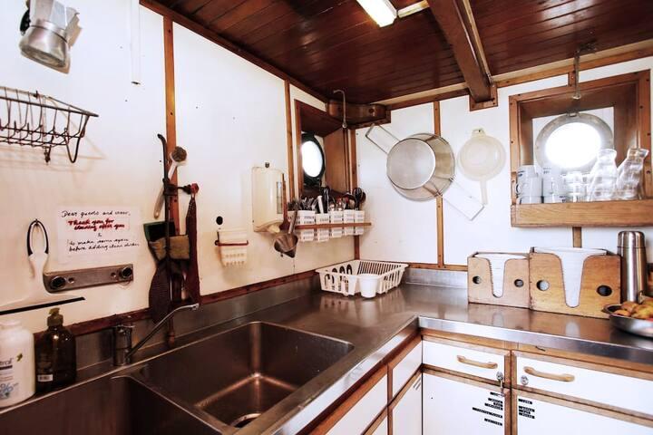 Hawila starboard cabin with 2 beds - Kastrup - Bateau