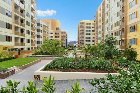 Oasis in the Valley - Bowen Hills