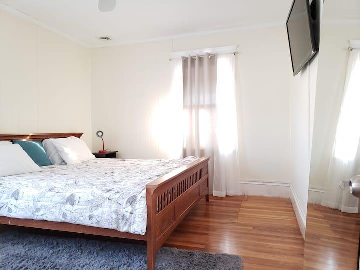 Cozy Room by Charles River/near BOS & Harvard Sq