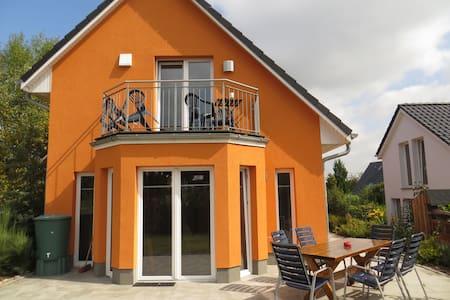 Urlaub bei Charly im App. Seeblick - Groß Sarau - Apartment