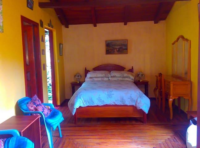 Main Room - Hummingbird Suite - Vilcabamba