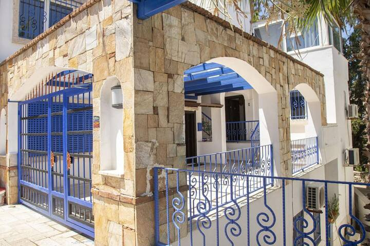 1BR Central House near Bodrum Shore