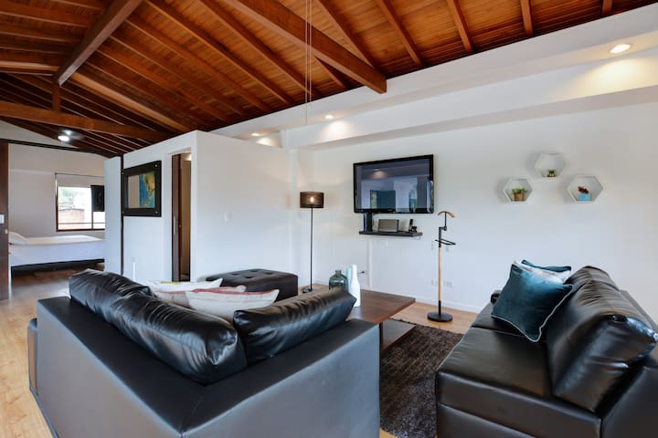 Stylish Penthouse w/ terrace one block from Lleras