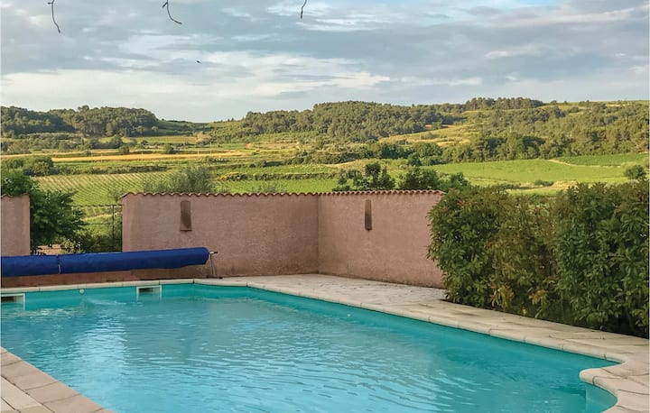 Beautiful home in Curzy with Outdoor swimming pool, WiFi and 4 Bedrooms