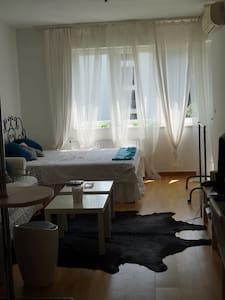 Kiadó lakás egy luxus lakóparkban - Budapeşte