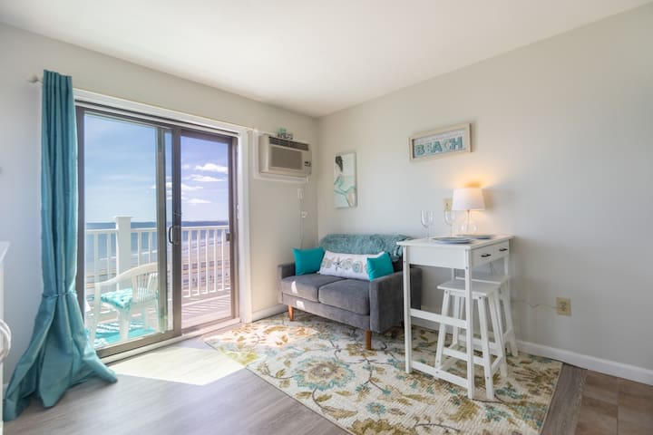 """Welcome to """"Sea Forever""""--Hampton Beach, NH"""