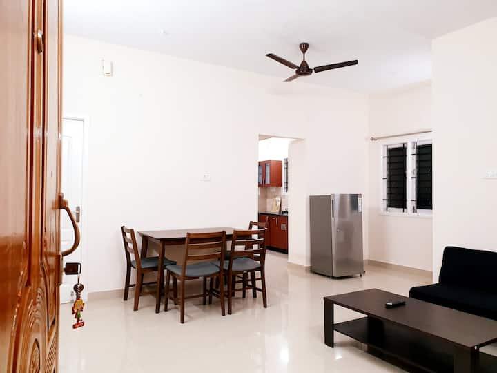 Chippy Apartment Furnished 2Bhk/1Bhk @Velachery F3