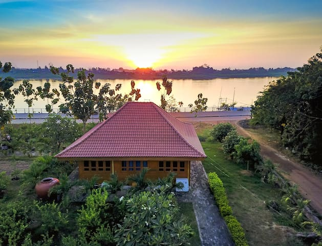 Teak Guest House on Mekong River - Nong Khai - Villa